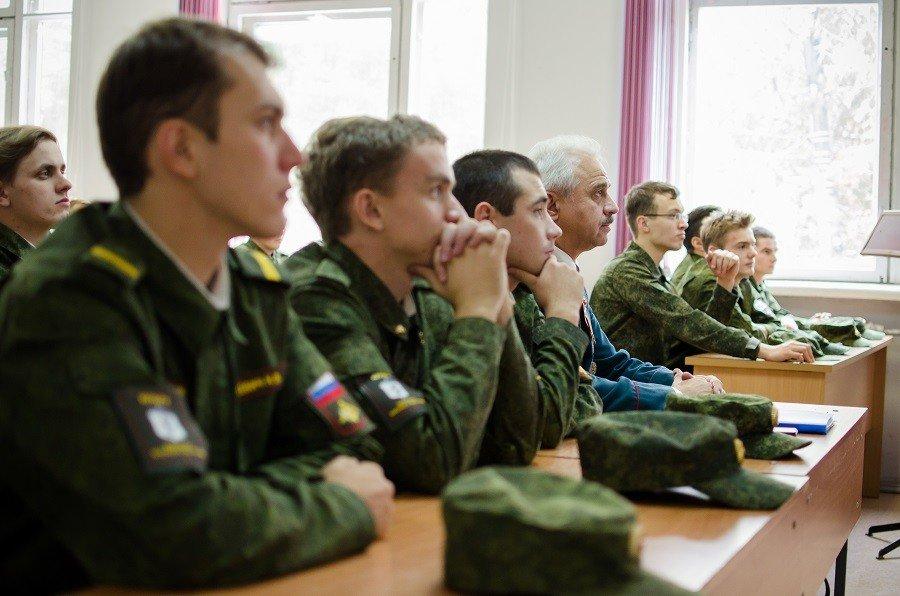Военный комиссариат проводит отбор кандидатов